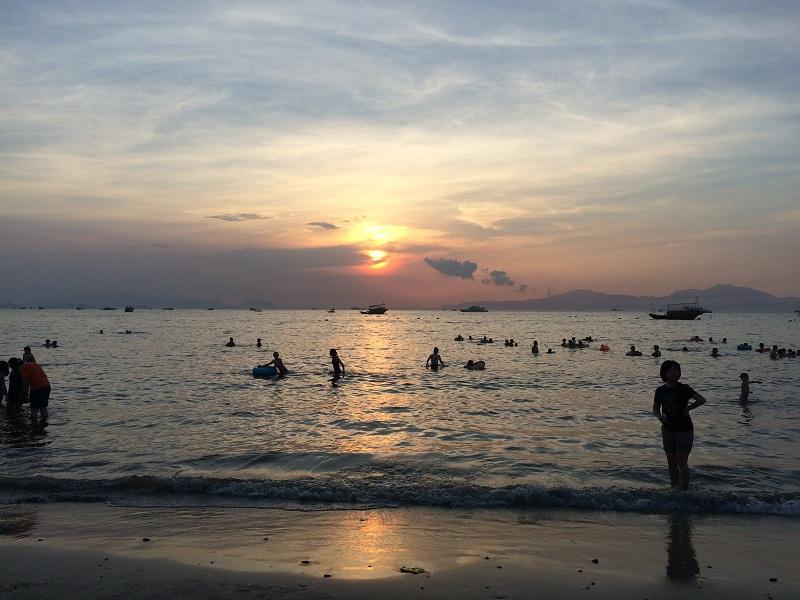 2016081705418635 - Hi-Target Mid-year Trip to the Beach