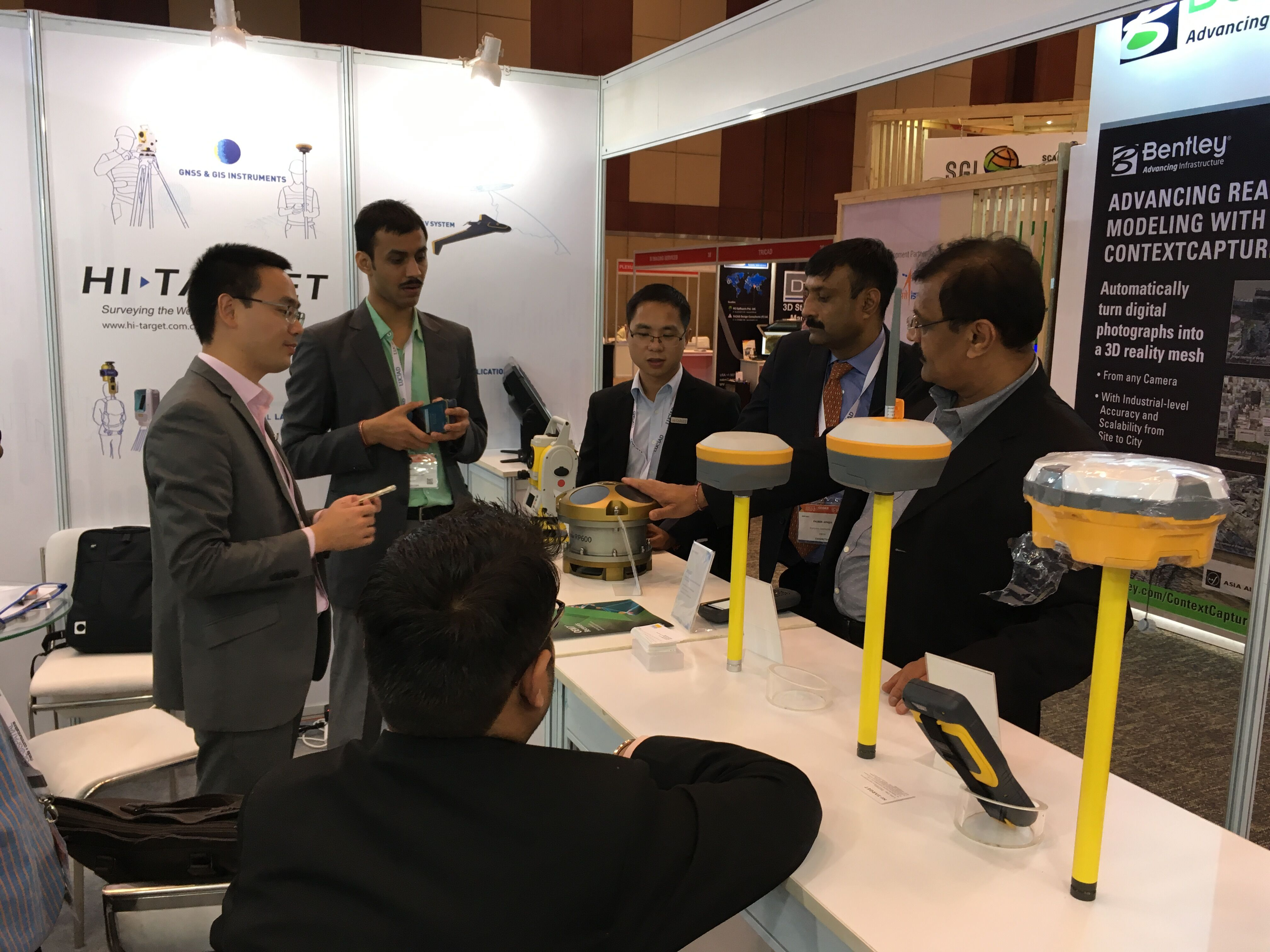 2018012505491322 - Hi-Target displayed its new products at Geospatial World Forum 2018