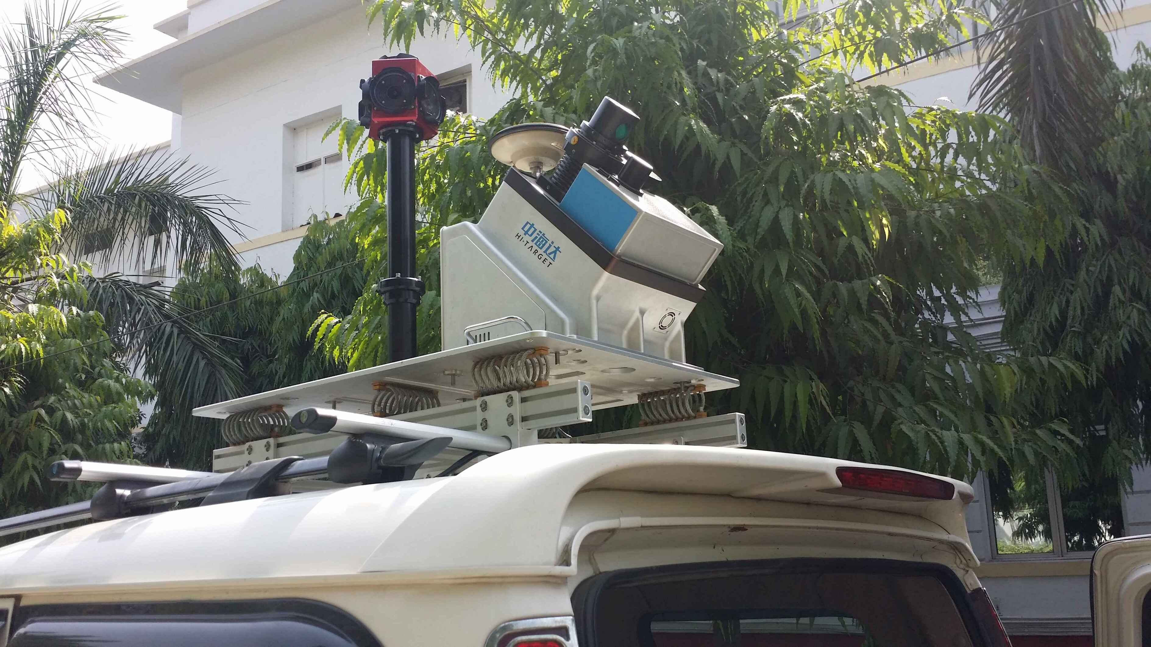 Hi-Target Mobile Mapping System make its first appearance in India
