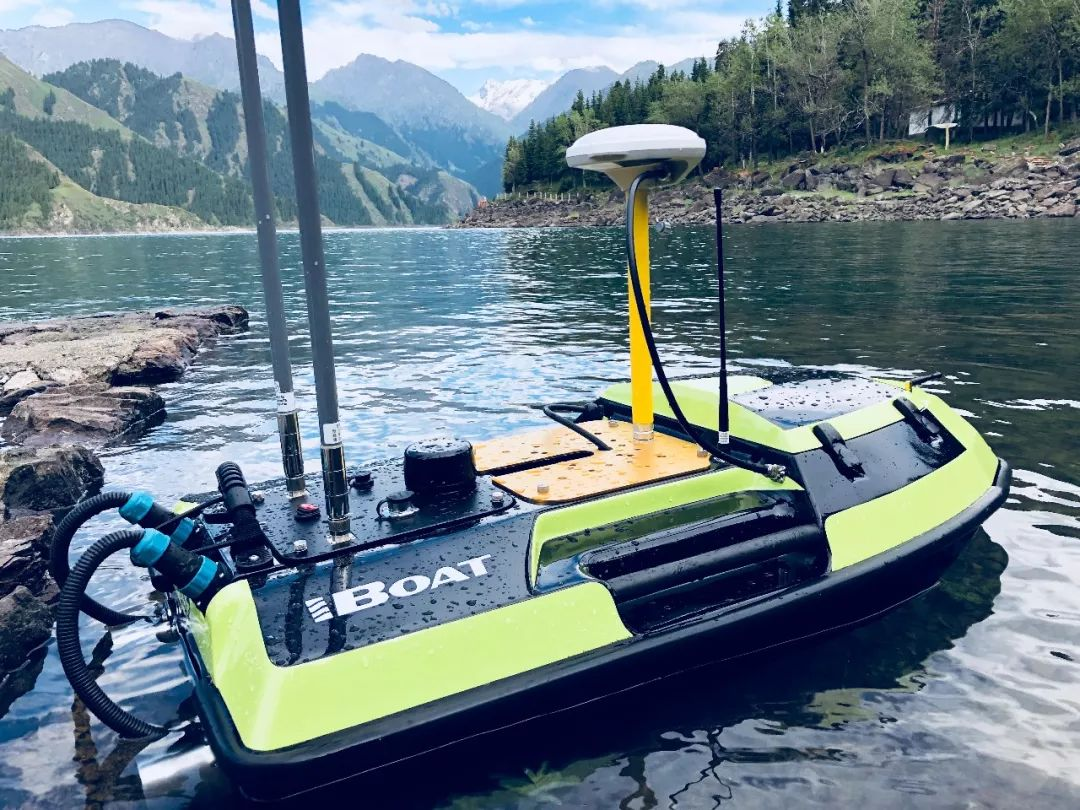 2018102509366577 - Over The Mountains High —iBoat BS2 Surveyed on Tianchi, a Lake 1,907 Meters above Sea Level