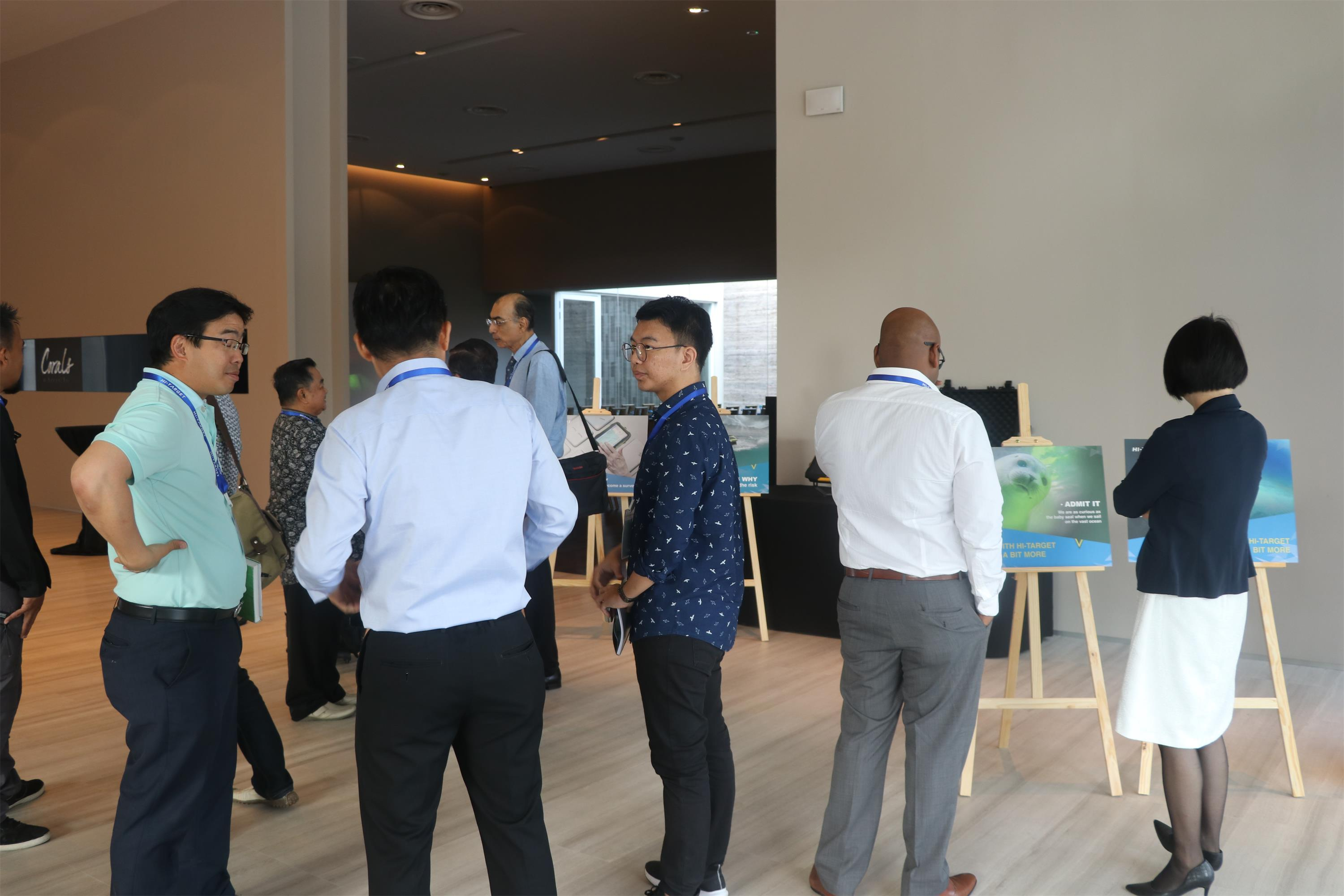 20180418105124007 - Ship to Singapore!  -Hi-Target hydrographic surveying solutions seminar was launched in Singapore
