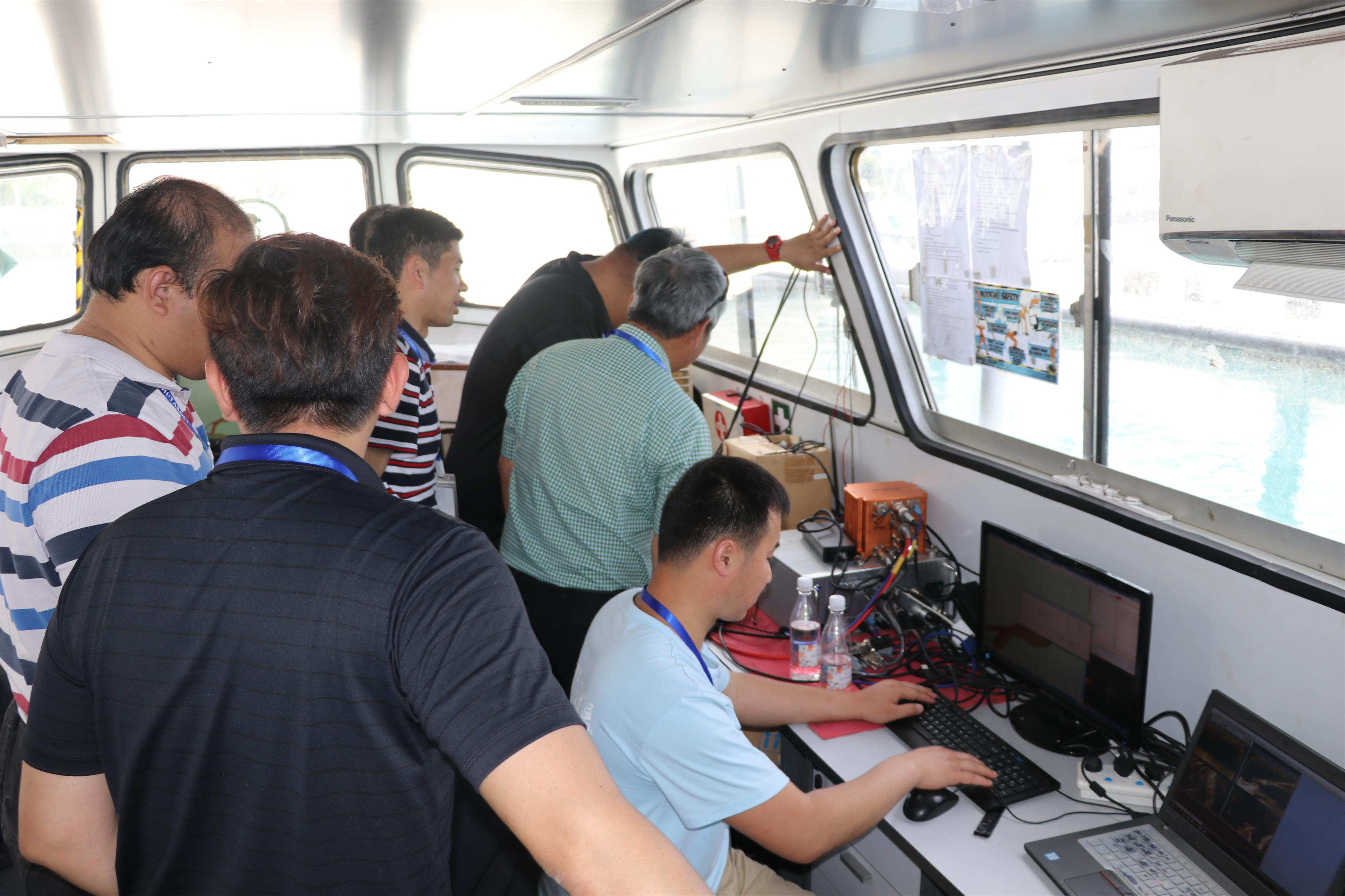20180418111227912 - Ship to Singapore!  -Hi-Target hydrographic surveying solutions seminar was launched in Singapore