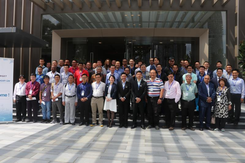 2018041811148064 - Ship to Singapore!  -Hi-Target hydrographic surveying solutions seminar was launched in Singapore